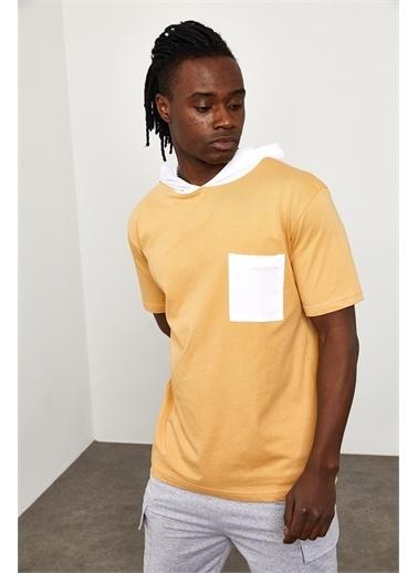 XHAN Soft Sarı Kapüşonlu Önü Cepli T-shirt  Sarı